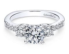 Engagement Rings In West Omaha